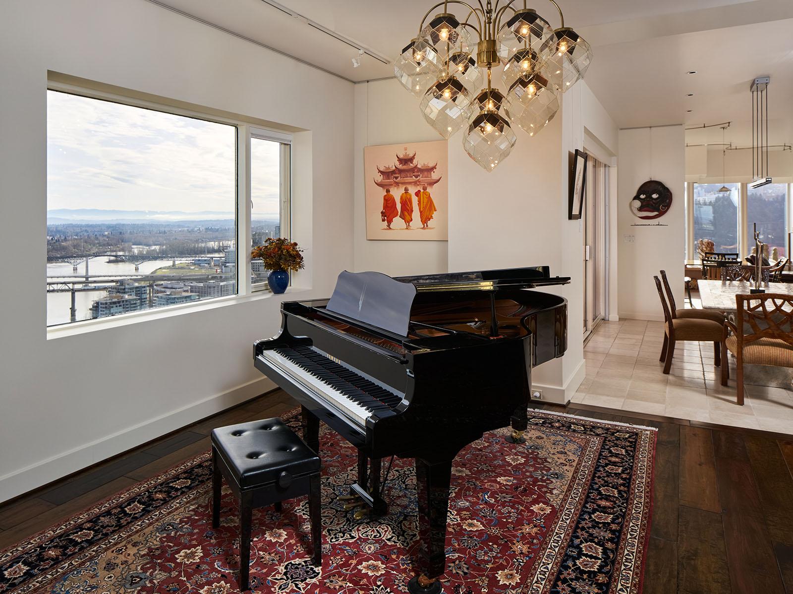 Piano room, 180 degree view of Willamette river